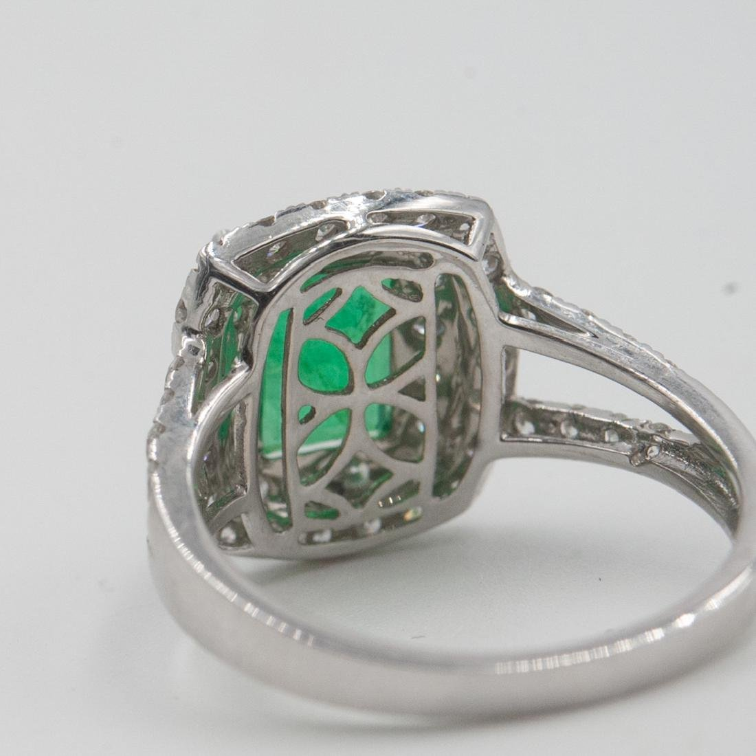 18k Gold, Emerald and Diamond Ring - 3