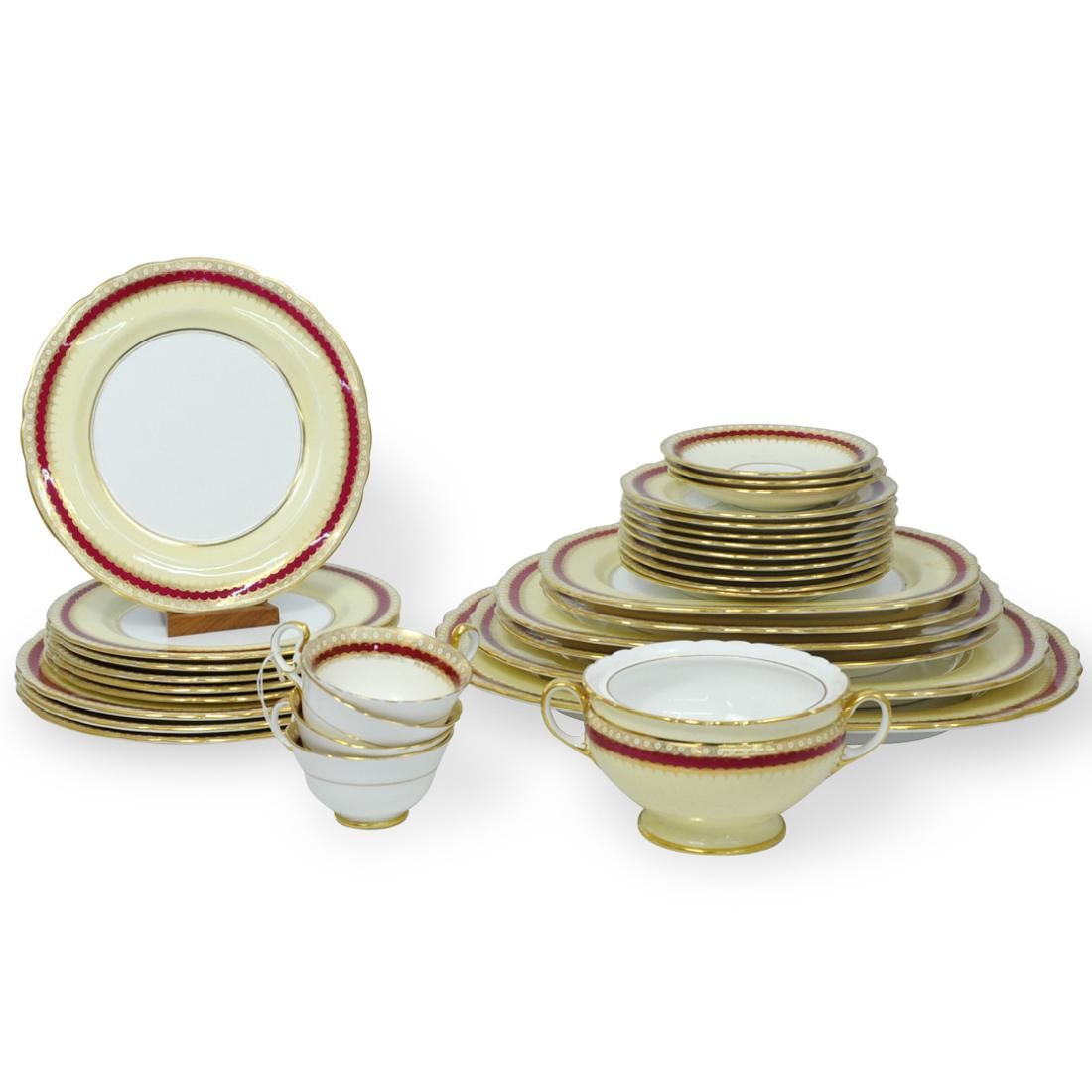 (32 Pc) Aynsley Porcelain Dinnerware