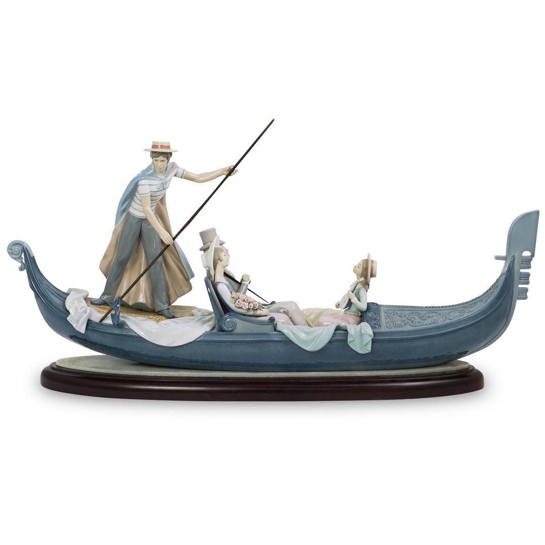 "Lladro ""In The Gondola"" Porcelain Sculpture"