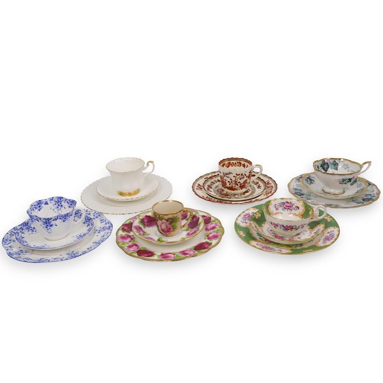 (18 Pc) Fine Porcelain Tea Cups and Saucers