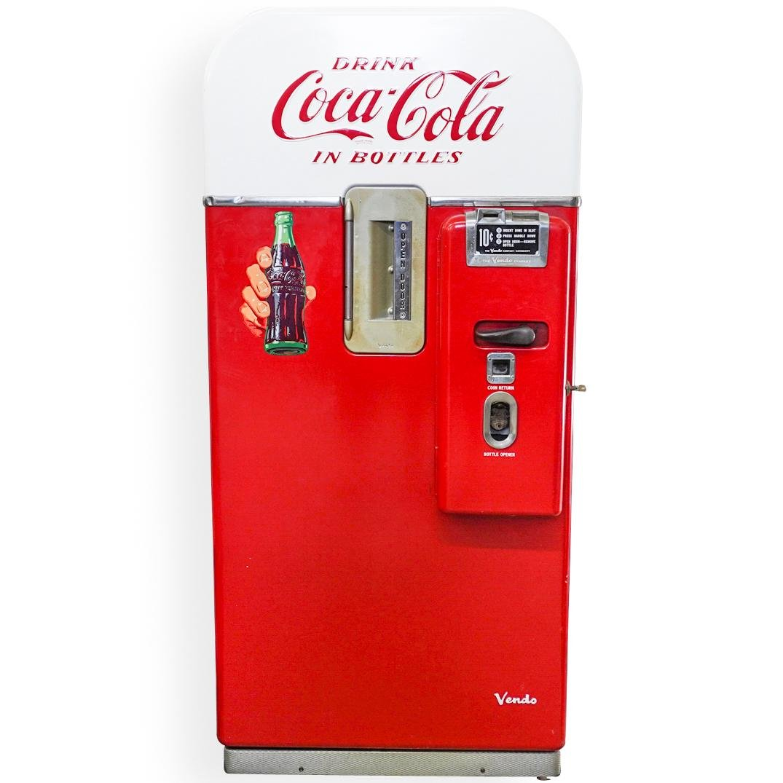 Vintage V-39 Coca Cola Machine