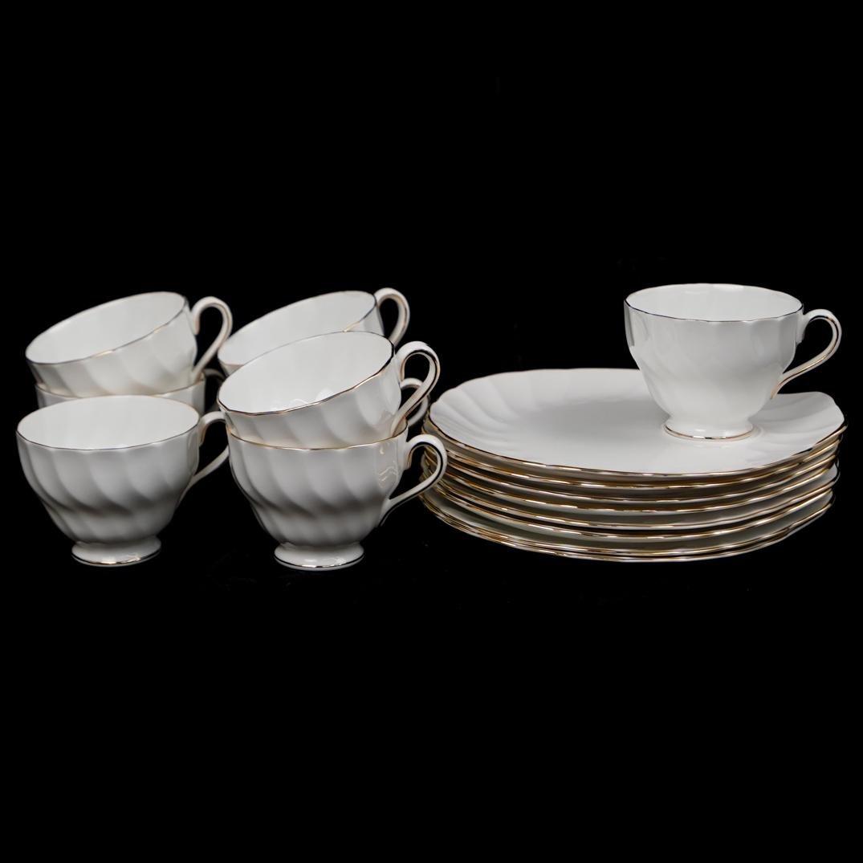(16 Pc) Tuscan Fine China Set