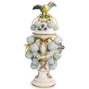 Meissen Porcelain Schneeballen Urn