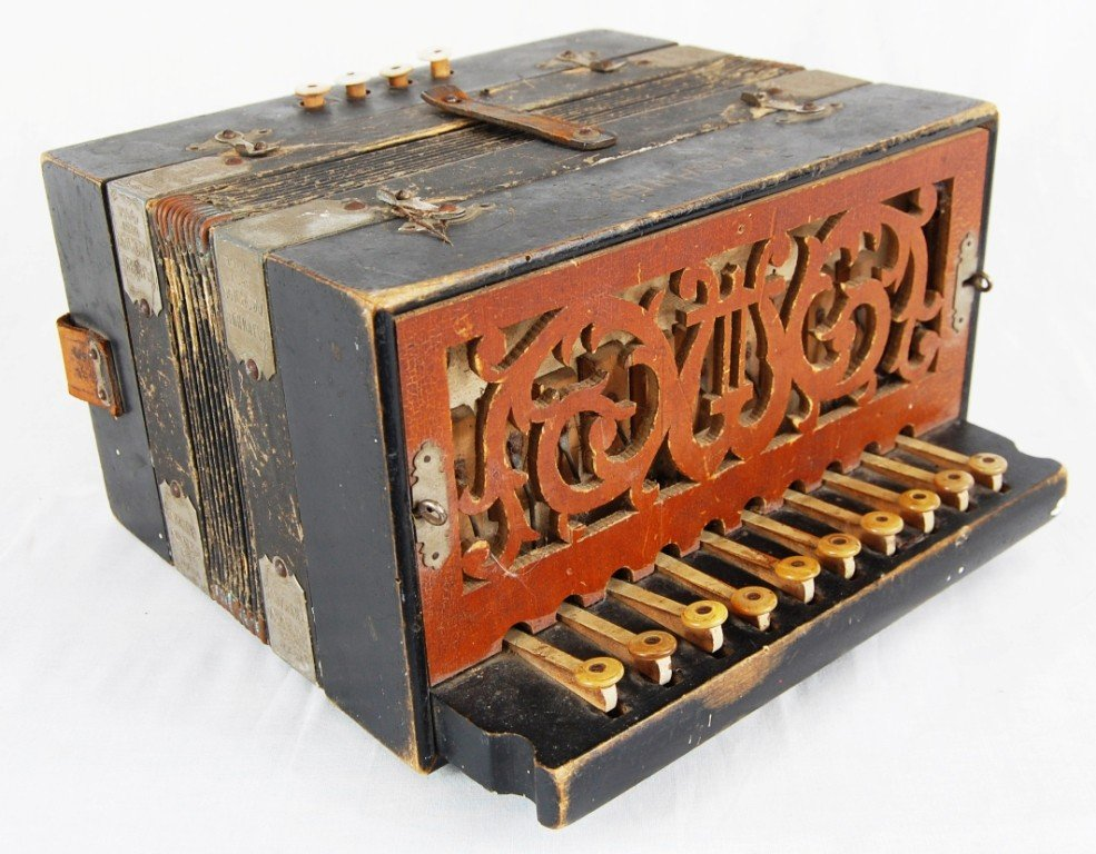 263: Vintage M. Hohner accordion