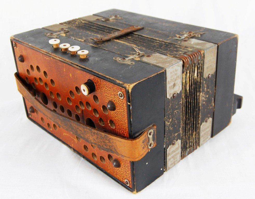 263: Vintage M. Hohner accordion - 2