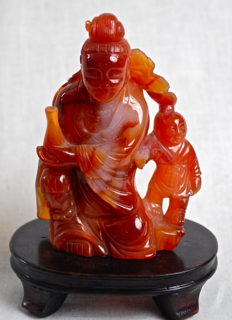 10: Chinese antique figural carved agate