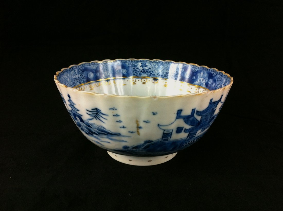 19: Chinese Dynasty blue & white porcelain rice bowl