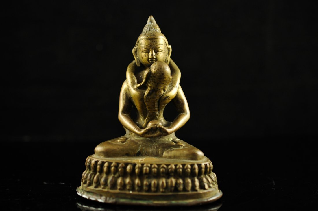 17: Indian God and woman erotic bronze