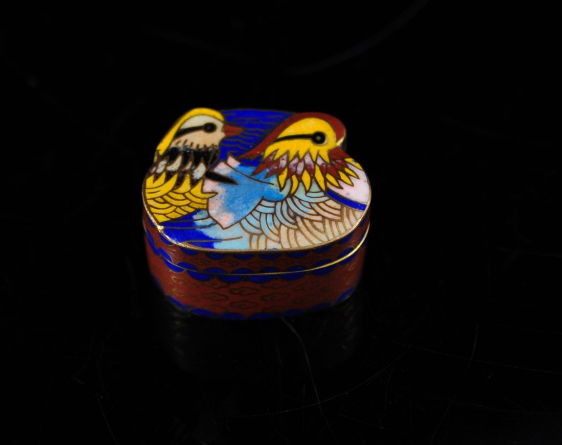 18: Antique Chinese bird cloisonne pill box