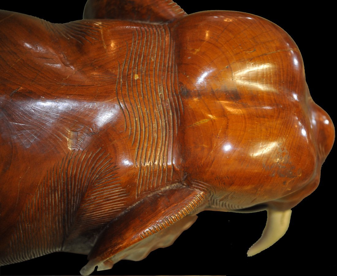 Large Chinese teak hand carved wooden elephant - 6