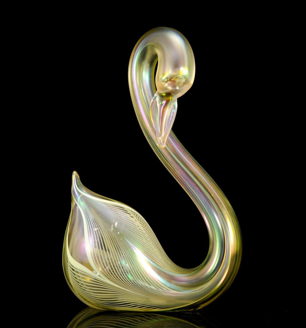 Stuart Abelman large art glass swan. Signed