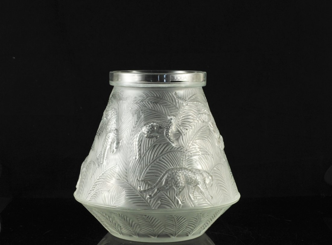 "Large Lalique crystal ""jaguar jungle"" vase. Signed"