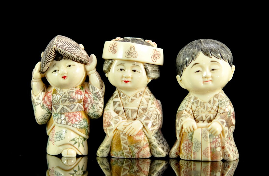 Lot of three vintage Japanese ivory children