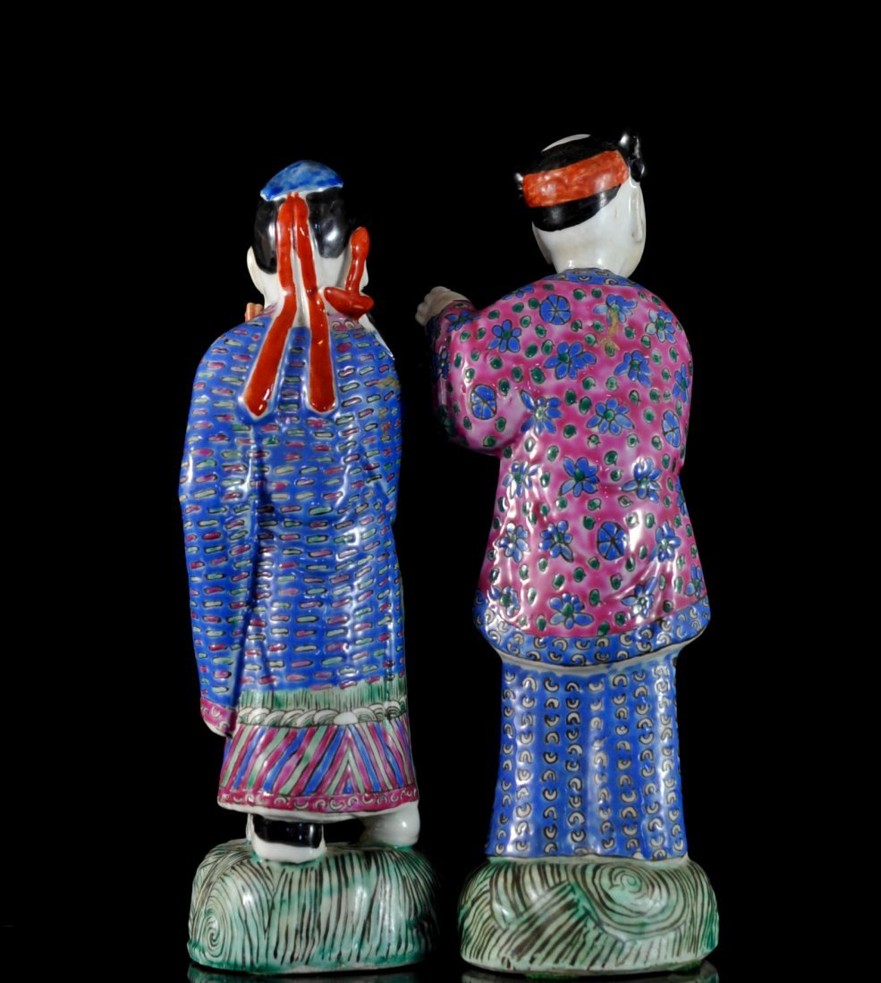 Pair Of Antique Chinese Porcelain Figurines - 3