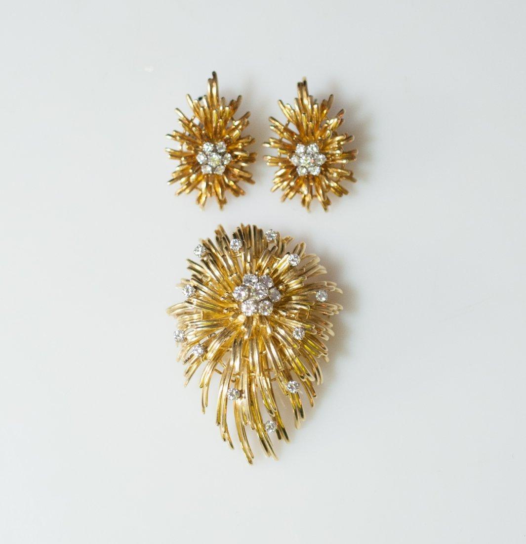Ladies 18k Gold & Diamond Set
