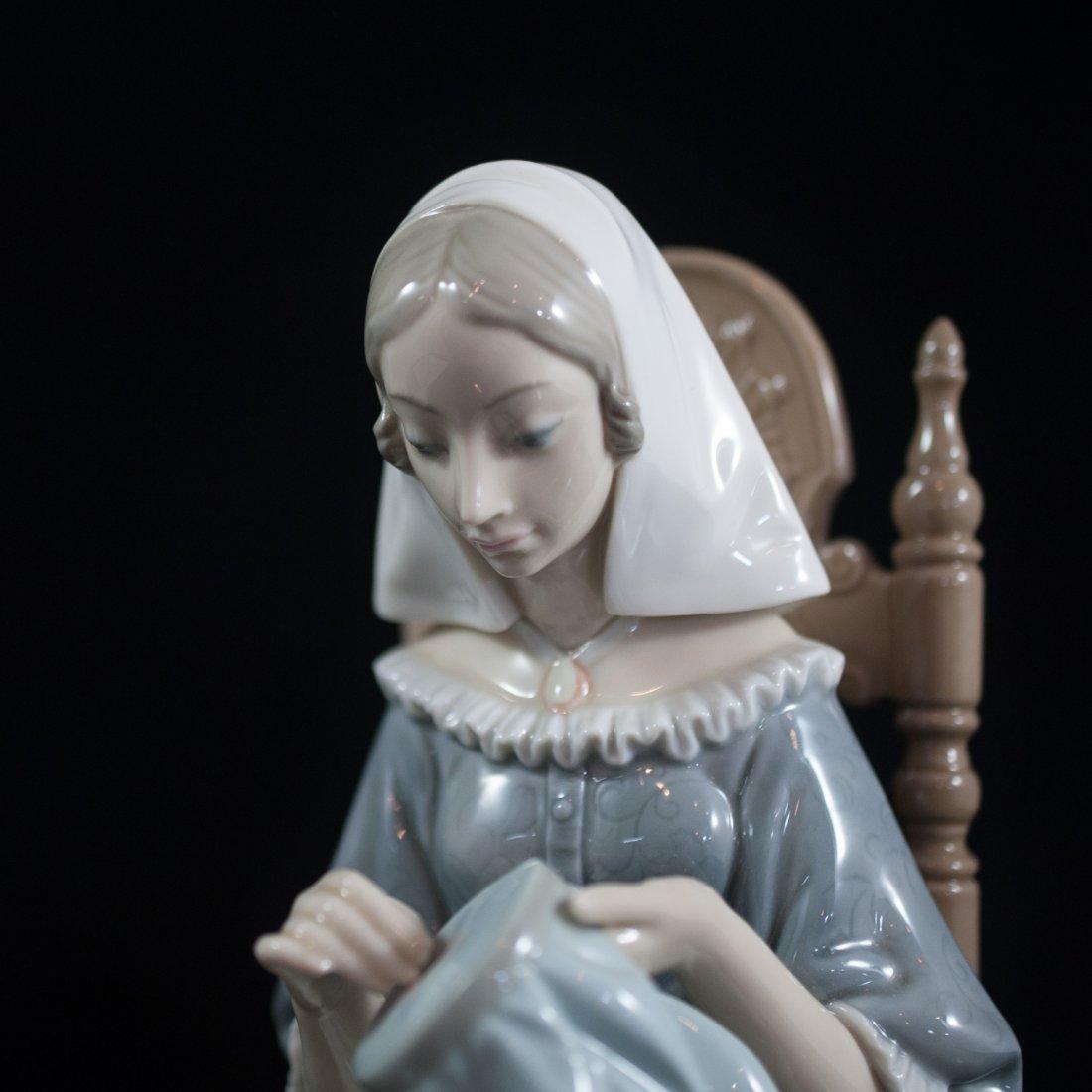 Lladro Porcelain Figurine of Woman Knitting - 5