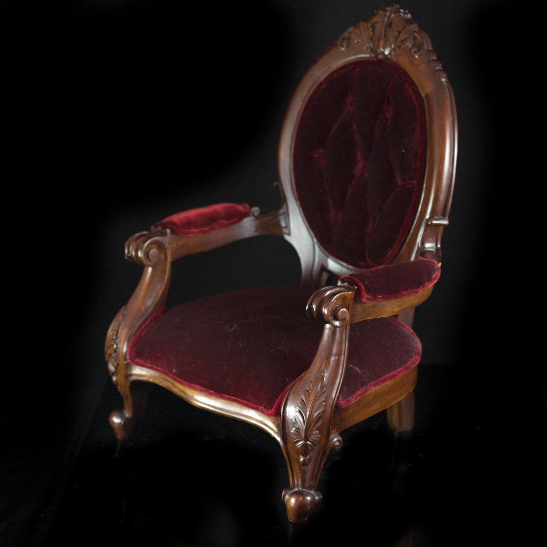 Mahagony & Velvet Pet Chair