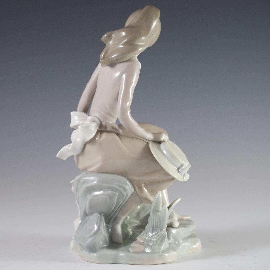 "Lladro Porcelain ""Girl at the Seaside"" - 4"