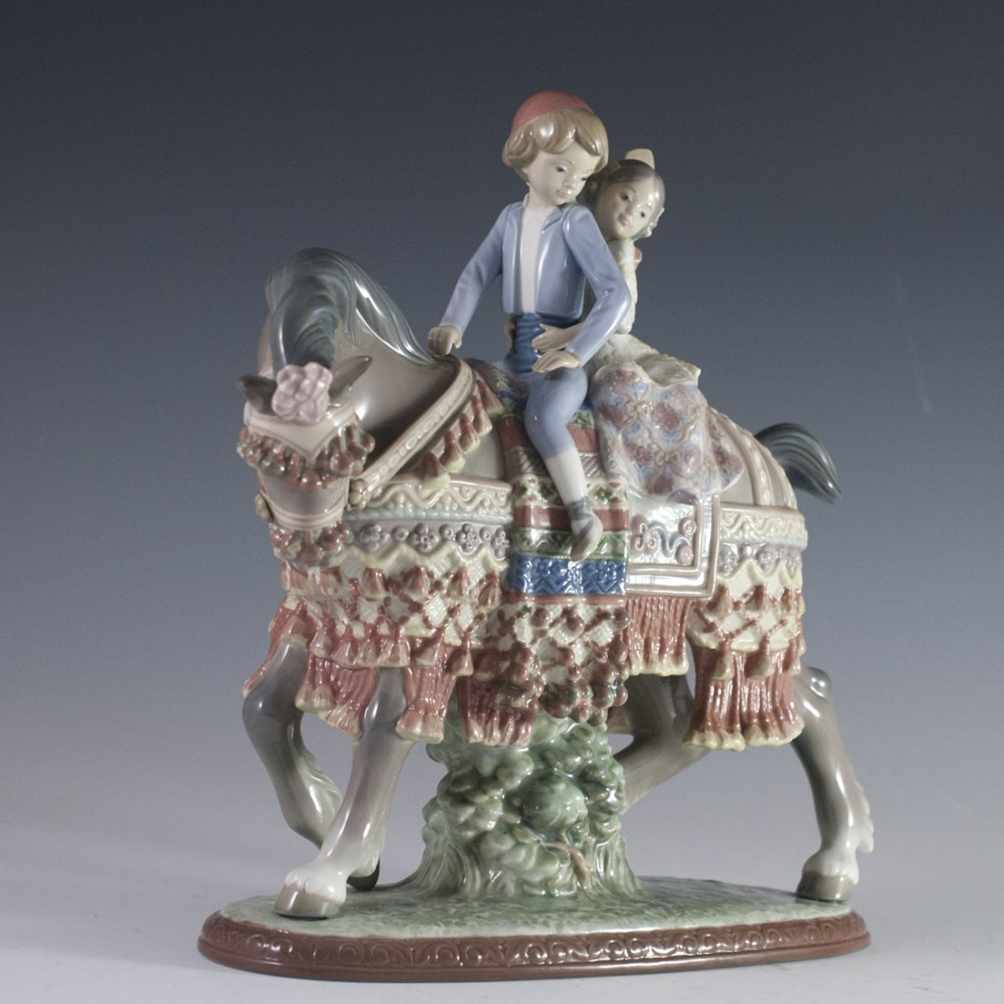 "Lladro ""Valencian Children on Horse"" - 5"