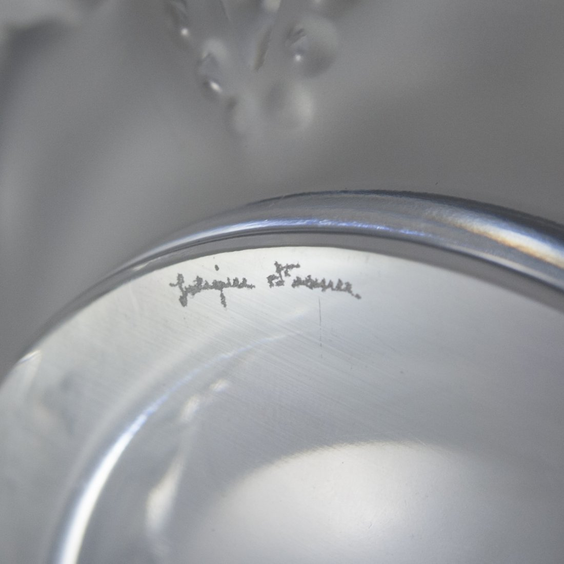 """Lalique Frosted Crystal """"Cannes"""" Ashtray - 3"""