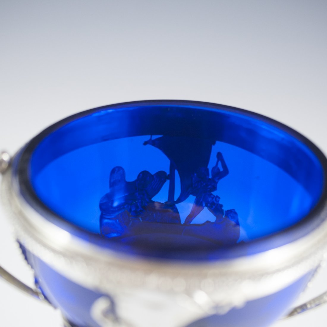Continental Sterling & Cobalt Glass Lidded Nut Dish - 10