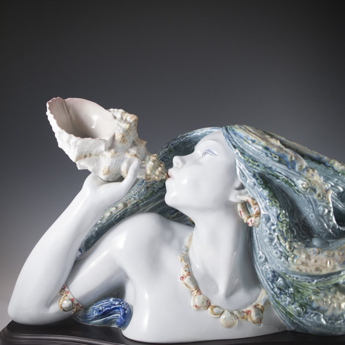 "Lladro Limited Edition ""Call of the Sea"" - 4"