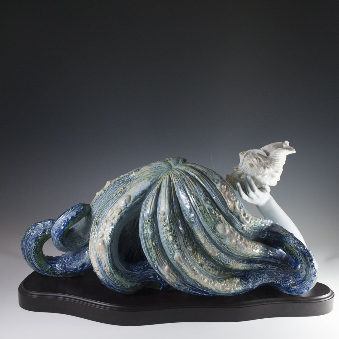 "Lladro Limited Edition ""Call of the Sea"" - 6"