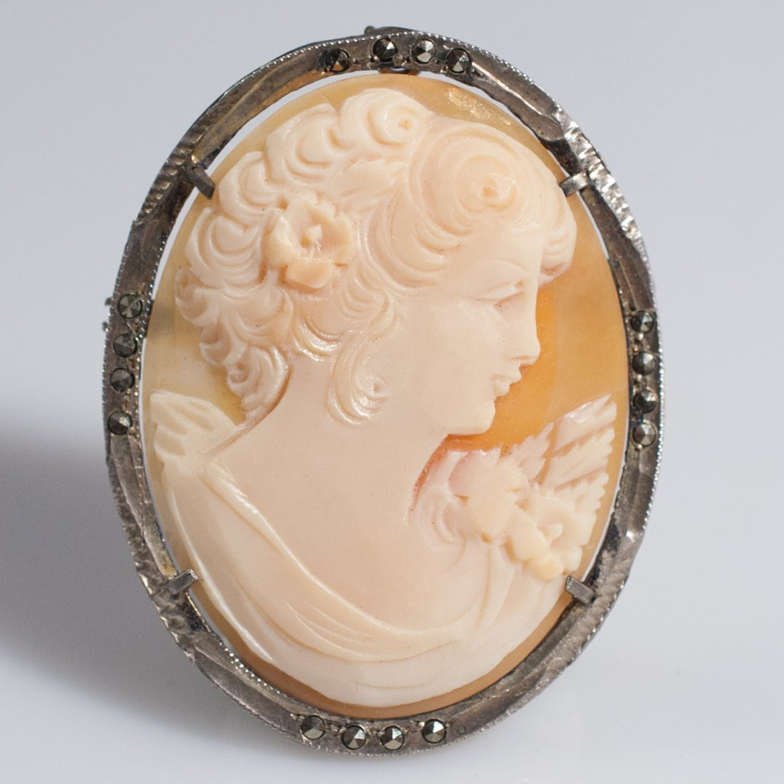 Antique Sterling & Shell Cameo Pendant