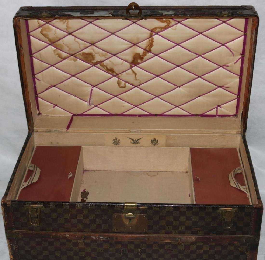 LOUIS VUITTON TRUNK, CA 1885, RARE RED DAMIER - 3