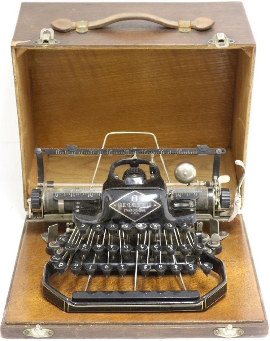PORTABLE TYPEWRITER INVENTED BY GEORGE