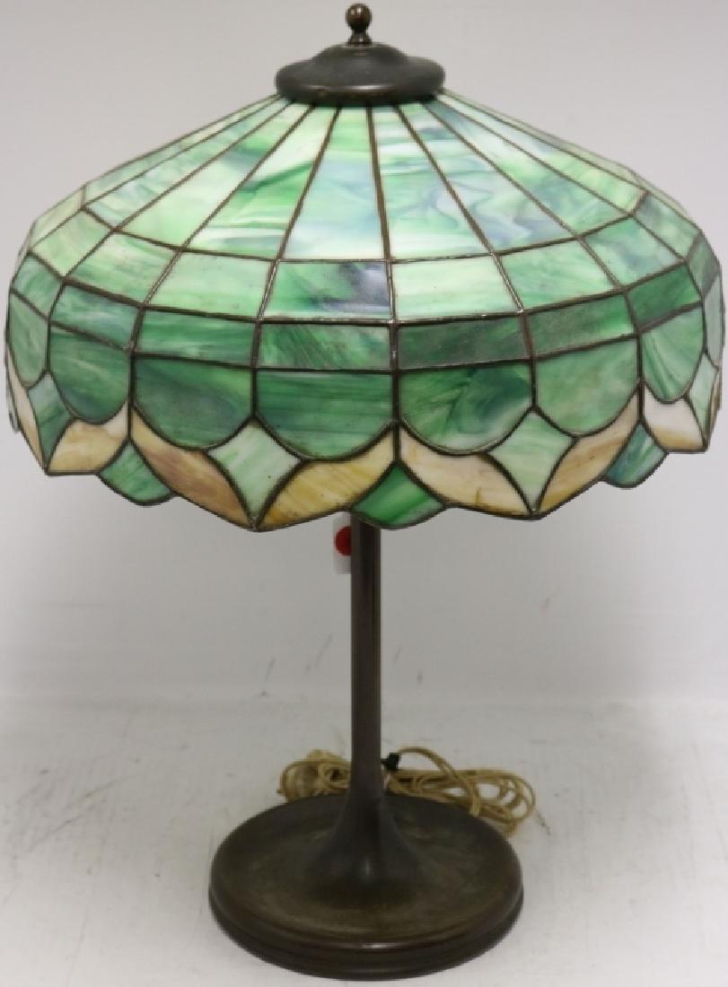 UNIQUE LEADED GLASS TABLE LAMP, CA 1910, 2 GLASS