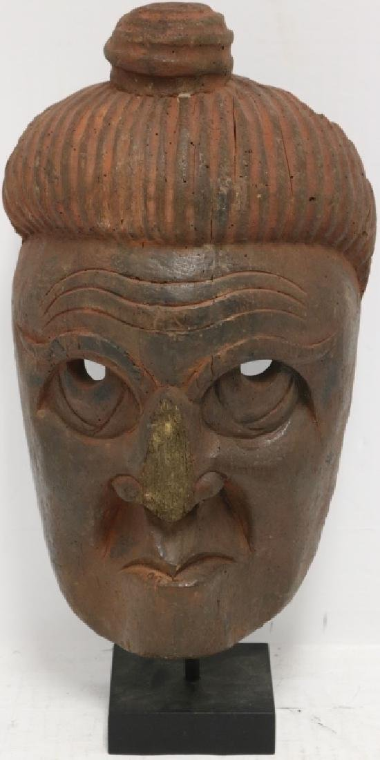 19TH C CARVED WOODEN CHINESE NUO MASK ON STAND.