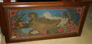 EARLY 20TH CENTURY HOOKED RUG DEPICTING TWO DUCKS