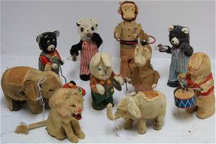 LOT OF 10 WIND-UP JAPANESE ANIMAL FIGURES, CLOTH