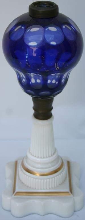 MID-19TH CENTURY SANDWICH GLASS CUT FLUID LAMP,