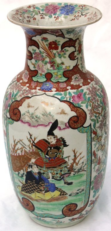 6: 19TH CENTURY EXPORT VASE POSSIBLY JAPANESE,