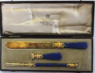 198: 19TH CENTURY ENGLISH BOXED WRITING SET TO INCLUDE