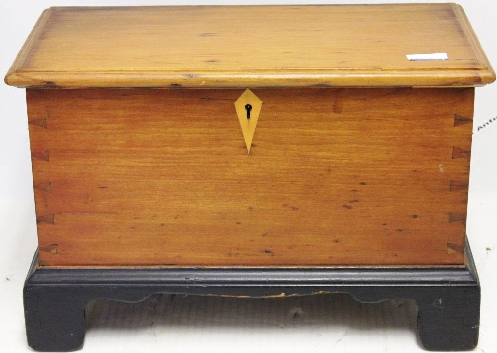 MINIATURE 19TH CENTURY DOVETAILED BLANKET CHEST