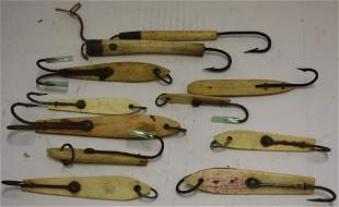 COLLECTION OF 11 SINGLE AND DOUBLE WHALEBONE AND