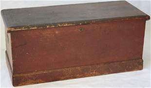 CA 1800 AMERICAN DOVETAILED PINE SEA CHEST, OLD