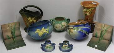 9 PIECE LOT ROSEVILLE POTTERY TO INCLUDE A PAIR