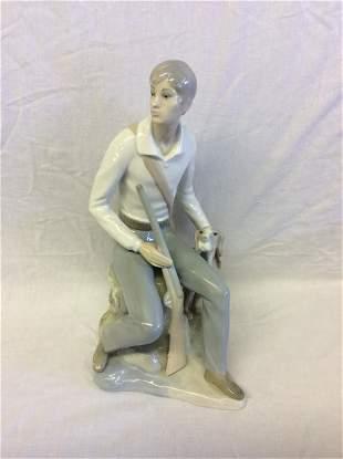 Lladro Zaphir Porcelain Figurine Boy Hunting Rifle Dog