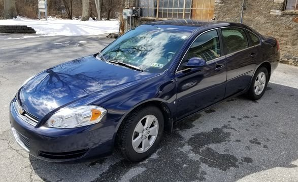 2008 Blue Chevrolet Impala LT Sedan