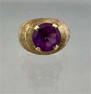 14k Gold Ladies Ring Purple Stone