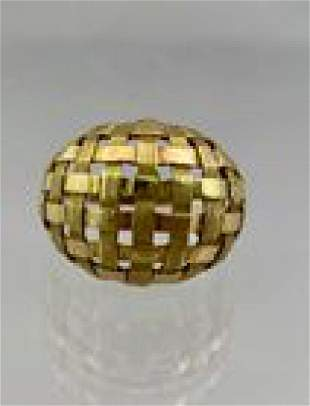 18k Gold Ladies Ring Basketweave Dome