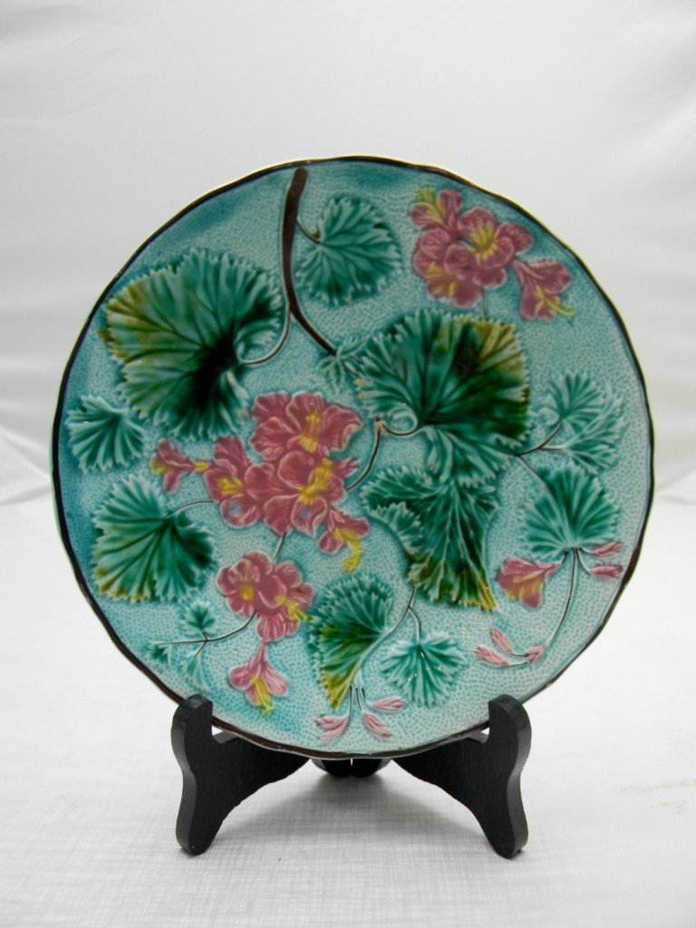 "12: Flowers and Leaf Plate 7 1/2"". Marked D&C S."