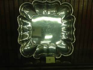 SQUARE REED & BARTON  STERLING SERVING PLATE [34.3ozt]