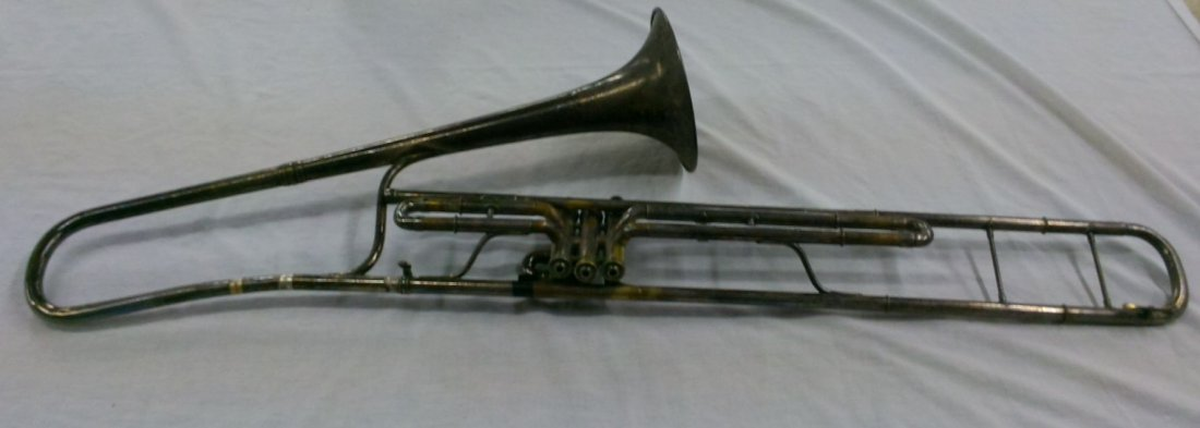 1914 CG Conn Ltd. Valve Trombone w/ Elevated Bell