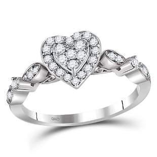 14kt White Gold Womens Round Diamond Heart Cluster Ring