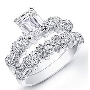 Natural 2.42 CTW Stunning Emerald Cut Diamond Ring 14KT